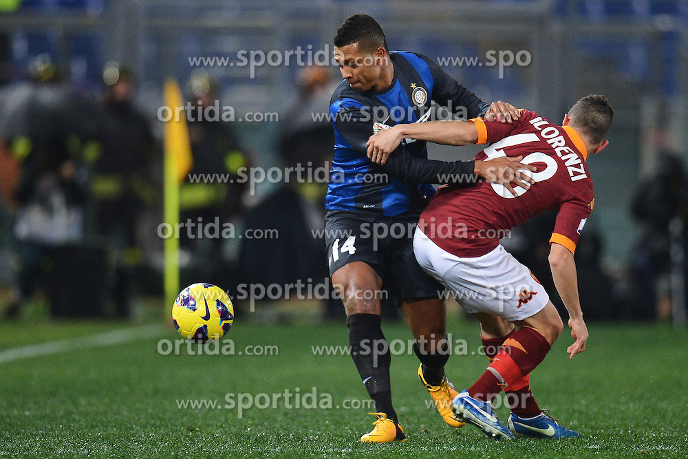 23.01.2013, Olympiastadion, Rom, ITA, TIM Cup, Lazio Rom vs Inter Mailand, Halbfinale, im Bild Fredy Guarin Inter, Alessandro Florenzi Roma // during the TIM Cup Semi Final 2nd Leg match between between SS Lazio and Inter Milan at the Olympic Stadium, Rome, Italy on 2013/01/23. EXPA Pictures © 2013, PhotoCredit: EXPA/ Insidefoto/ Andrea Staccioli..***** ATTENTION - for AUT, SLO, CRO, SRB, BIH and SWE only *****