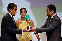"""20091207: RIO DE JANEIRO, BRAZIL - Brazilian Football Awards 2009 (""""Craque Brasileirao 2009""""), held at the Museum of Modern Art in Rio de Janeiro. In picture: Diego Souza (Palmeiras, L) - Best Player 2009. PHOTO: CITYFILES"""