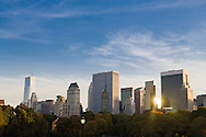 New York. Central park. Sheep meadow. Central park and Manhattan skyline  New York, Manhattan - United states   / Sheap meadow, Central park et les gratte-ciel  Manhattan, New York - Etats-unis
