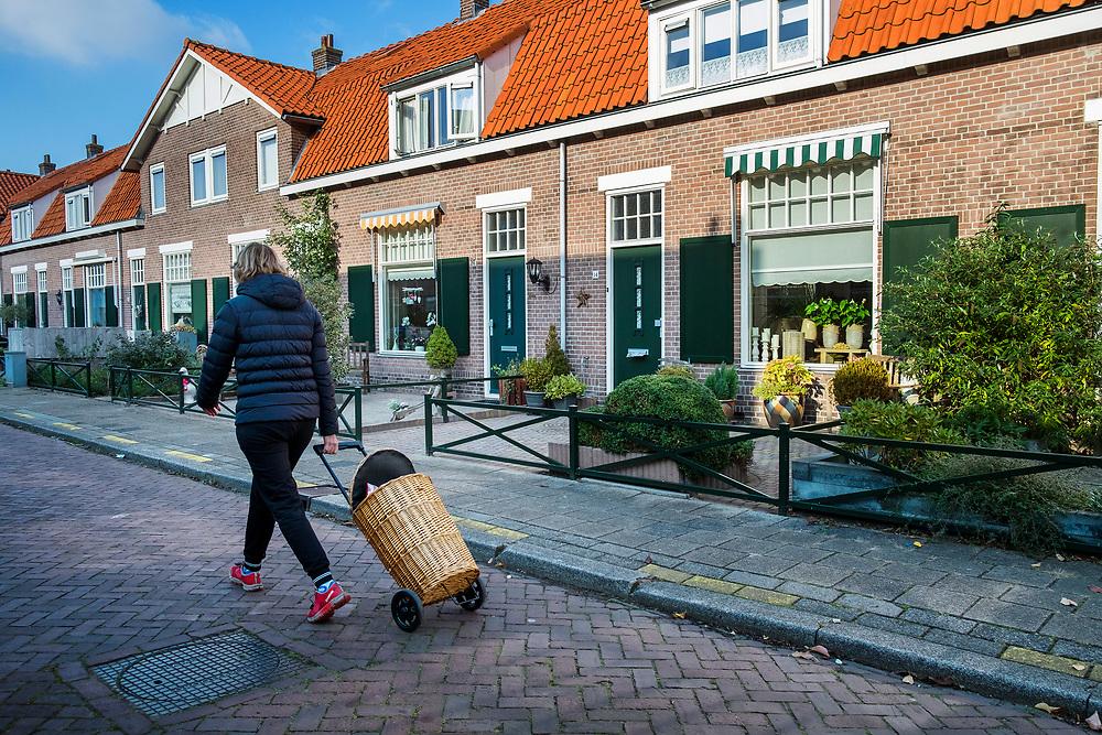 Nederland, Zeist, 22 okt 2016<br /> Woongoed woningbouwcorporatie. <br /> De Wetlaan, Zeist<br /> Foto: (c) Michiel Wijnbergh