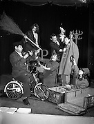 """8/12/1960<br /> 12/8/1960<br /> 8/December/1960<br /> Rehearsal for new musical """"The Crooked House"""" at Busaras Theatre, an Eamonn O Higgins production,<br /> Director J Hole. Image shows(l-r): Jack O'Reilly, Angela Nolan, May Ellis, Gilbert McIntyre, Dereck Young and Barbara McCaughey. pictures to illustrate feature by Mr. Pendlebury, Daily Mail."""