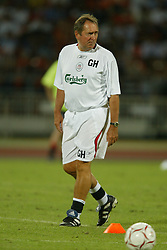 BANGKOK, THAILAND - Wednesday, July 23, 2003: Liverpool's Gerard Houllier during a training session in at the Rajamangala National Stadium. (Pic by David Rawcliffe/Propaganda)