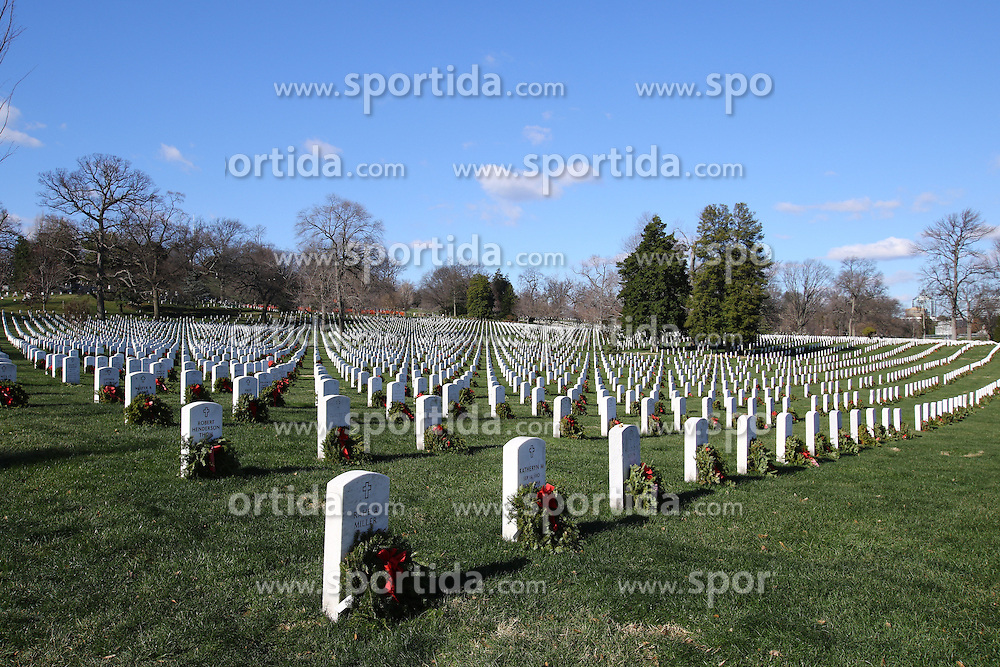 19.01.2016, Potomac River, Arlington, USA, Nationalfriedhof in Arlington, im Bild Nationalfriedhof in Arlington // a view of the Arlington National Cemetery Potomac River in Arlington, United States on 2016/01/19. EXPA Pictures &copy; 2016, PhotoCredit: EXPA/ Eibner-Pressefoto/ Hundt<br /> <br /> *****ATTENTION - OUT of GER*****