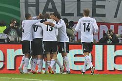 15.11.2011, Imtech Arena, Hamburg, GER, FSP, Deutschland (GER) vs Holland (NED), im Bild Miroslav Klose (GER #11) schiesst das 2-0 und jubelt mit der Mannschaft // during the Match Gemany (GER) vs Netherland (NED) on 2011/11/15,  Imtech Arena, Hamburg, Germany. EXPA Pictures © 2011, PhotoCredit: EXPA/ nph/ Kokenge..***** ATTENTION - OUT OF GER, CRO *****