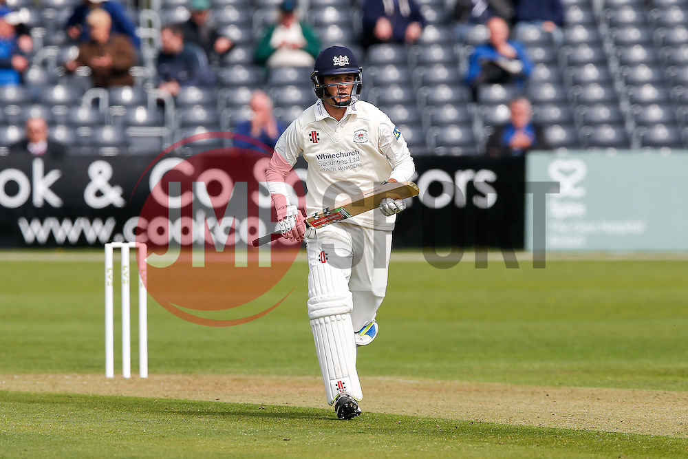 Gareth Roderick of Gloucestershire takes a run - Photo mandatory by-line: Rogan Thomson/JMP - 07966 386802 - 26/04/2015 - SPORT - CRICKET - Bristol, England - Bristol County Ground - Gloucestershire v Derbyshire — Day 1 - LV= County Championship Division Two.