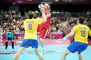 DESCRIZIONE : Handball Jeux Olympiques Londres Quart de Finale<br /> GIOCATORE : Mikkel Hansen <br /> SQUADRA : Danemark Homme<br /> EVENTO : Handball Jeux Olympiques<br /> GARA : Danemark Suede<br /> DATA : 08 08 2012<br /> CATEGORIA : handball Jeux Olympiques<br /> SPORT : HANDBALL<br /> AUTORE : JF Molliere <br /> Galleria : France JEUX OLYMPIQUES 2012 Action<br /> Fotonotizia : Handball Homme Jeux Olympiques Londres Quart de Finale Basketball Arena<br /> Predefinita :