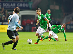 24.11.2013, Weserstadion, Bremen, GER, 1. FBL, SV Werder Bremen vs 1. FSV Mainz 05, 13. Runde, im Bild Franco Mat&iacute;as Di Santo / Franco Matias Di Santo (SV Werder Bremen #9) am Ball // Franco Mat&iacute;as Di Santo / Franco Matias Di Santo (SV Werder Bremen #9) am Ball during the German Bundesliga 13th round match between SV Werder Bremen and 1. FSV Mainz 05 at the Weserstadion in Bremen, Germany on 2013/11/24. EXPA Pictures &copy; 2013, PhotoCredit: EXPA/ Andreas Gumz<br /> <br /> *****ATTENTION - OUT of GER*****