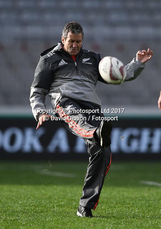 All Blacks assistant coach Wayne Smith.<br /> New Zealand All Blacks captain's run, Eden Park, Auckland  New Zealand, Friday 23rd June 2017 <br /> Copyright photo: Fotosport / David Gibson / www.photosport.nz