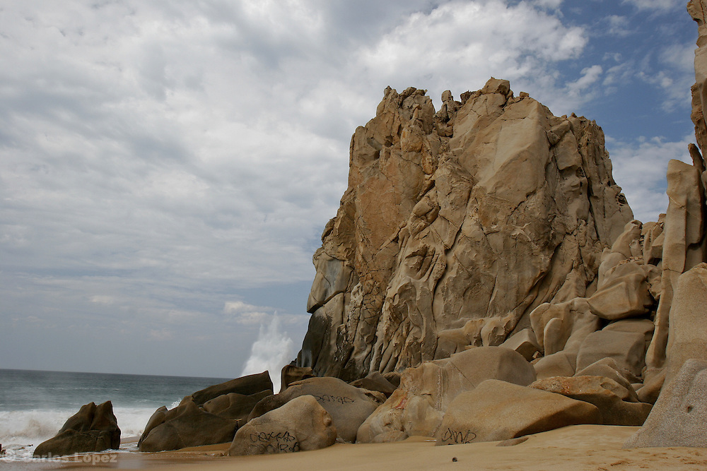A huge nice natural rock formation in one beach of Cabo San Lucas, a very touristic place in the state of Baja California in Mexico.