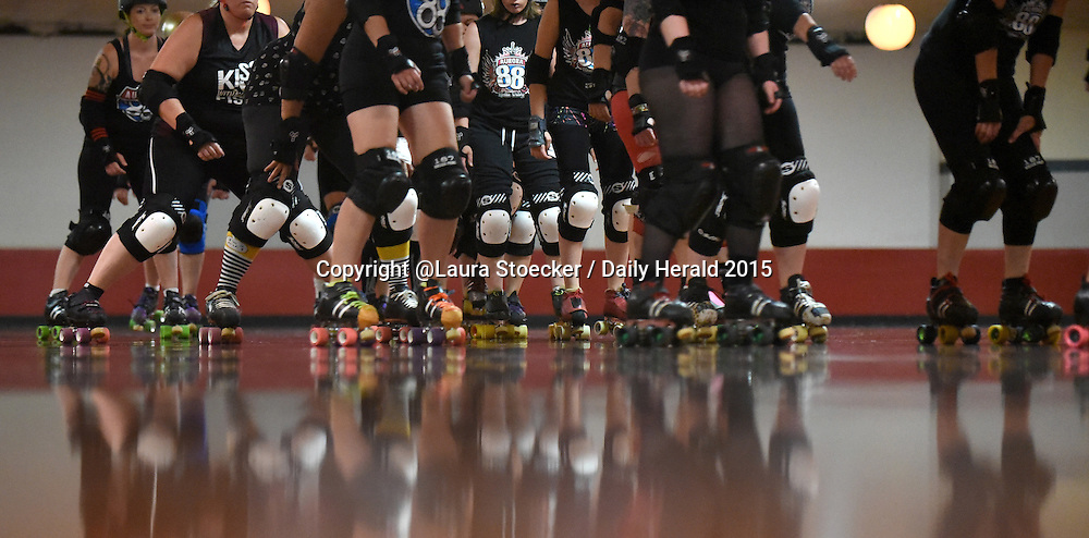Laura Stoecker/lstoecker@dailyherald.com<br /> Practice night at the Aurora Skate Center for the Aurora 88s flat track roller derby league.