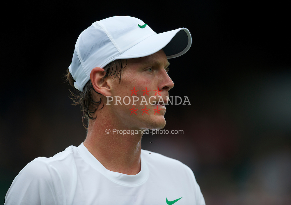 LONDON, ENGLAND - Monday, June 20, 2011: Tomas Berdych (CZE) in action during the Gentlemen's Singles 1st Round on day one of the Wimbledon Lawn Tennis Championships at the All England Lawn Tennis and Croquet Club. (Pic by David Rawcliffe/Propaganda)