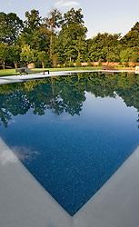Pool pool house