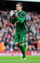 Arsenal's Wojciech Szczesny - Photo mandatory by-line: Dougie Allward/JMP - Tel: Mobile: 07966 386802 16/02/2013 - SPORT - FOOTBALL - Emirates Stadium - London -  Arsenal V Blackburn Rovers - FA Cup - Fifth Round