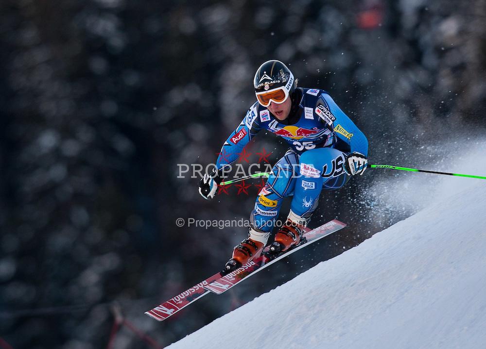 18.01.2012, Hahnenkamm, Kitzbuehel, AUT, FIS Weltcup Ski Alpin, 72. Hahnenkammrennen, Herren, Abfahrt 2. Training, im Bild Marco Sullivan (USA) // Marco Sullivan of USA during Downhill 2nd practice of 72th Hahnenkammrace of FIS Ski Alpine World Cup at 'Streif' course in Kitzbuhel, Austria on 2012/01/18. EXPA Pictures © 2012, PhotoCredit: EXPA/ Johann Groder