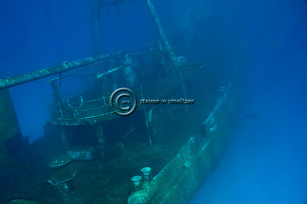 USS Kittiwake, At rest Grand Cayman