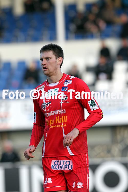 5.5.2012, Tehtaan kentt?, Valkeakoski..Veikkausliiga 2012..FC Haka - FF Jaro..Maksim Vasiljev - Jaro