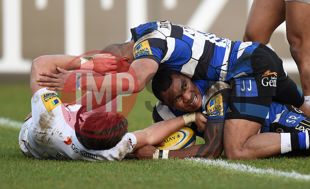 Bath Rugby winger Semesa Rokoduguni scores a try in Aviva Premiership clash against Wasps at the Recreation Ground - Photo mandatory by-line: Paul Knight/JMP - Mobile: 07966 386802 - 10/01/2015 - SPORT - Rugby - Bath - The Recreation Ground - Bath Rugby v Wasps - Aviva Premiership