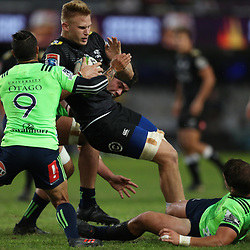 DURBAN, SOUTH AFRICA - MAY 05: Aaron Smith of the Pulse Energy Highlanders tackling Daniel Du Preez of the Cell C Sharks during the Super Rugby match between Cell C Sharks and Highlanders at Jonsson Kings Park Stadium on May 05, 2018 in Durban, South Africa. (Photo by Steve Haag/Gallo Images)