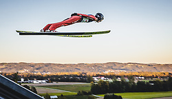 29.09.2018, Energie AG Skisprung Arena, Hinzenbach, AUT, FIS Ski Sprung, Sommer Grand Prix, Hinzenbach, im Bild Kevin Bickner (USA) // Kevin Bickner of the USA during FIS Ski Jumping Summer Grand Prix at the Energie AG Skisprung Arena, Hinzenbach, Austria on 2018/09/29. EXPA Pictures © 2018, PhotoCredit: EXPA/ JFK