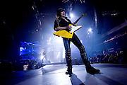 Frankfurt am Main | 12.05.2010..Die Deutsche Rock-Band Scorpions live in der Festhalle in Frankfurt bei ihrer Farewell-Tour, hier: Gitarrist Matthais Jabs...Foto: peter-juelich.com..[No Model Release | No Property Release]
