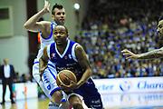 DESCRIZIONE : Sassari Lega A 2012-13 Dinamo Sassari Lenovo Cant&ugrave; Quarti di finale Play Off gara 2<br /> GIOCATORE : Jerry Smith<br /> CATEGORIA : Palleggio<br /> SQUADRA : Lenovo Cant&ugrave;<br /> EVENTO : Campionato Lega A 2012-2013 Quarti di finale Play Off gara 2<br /> GARA : Dinamo Sassari Lenovo Cant&ugrave; Quarti di finale Play Off gara 2<br /> DATA : 11/05/2013<br /> SPORT : Pallacanestro <br /> AUTORE : Agenzia Ciamillo-Castoria/M.Turrini<br /> Galleria : Lega Basket A 2012-2013  <br /> Fotonotizia : Sassari Lega A 2012-13 Dinamo Sassari Lenovo Cant&ugrave; Play Off Gara 2<br /> Predefinita :