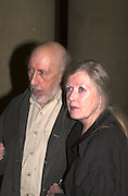 Richard Hamilton and Rita Donagh. Blake dinner, Tate Gallery. 6 November 2000. © Copyright Photograph by Dafydd Jones 66 Stockwell Park Rd. London SW9 0DA Tel 020 7733 0108 www.dafjones.com