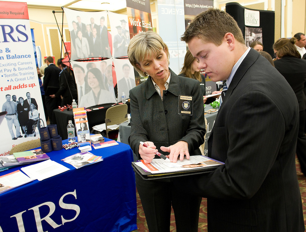 Students seek jobs and internship opportunities at the 2009 Fall Career Fair held in the Baker Center on Tuesday.