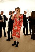 LISA BESSET, Indonesian Eye Contemporary Art Exhibition Reception, Saatchi Gallery. London. 9 September 2011. <br /> <br />  , -DO NOT ARCHIVE-© Copyright Photograph by Dafydd Jones. 248 Clapham Rd. London SW9 0PZ. Tel 0207 820 0771. www.dafjones.com.