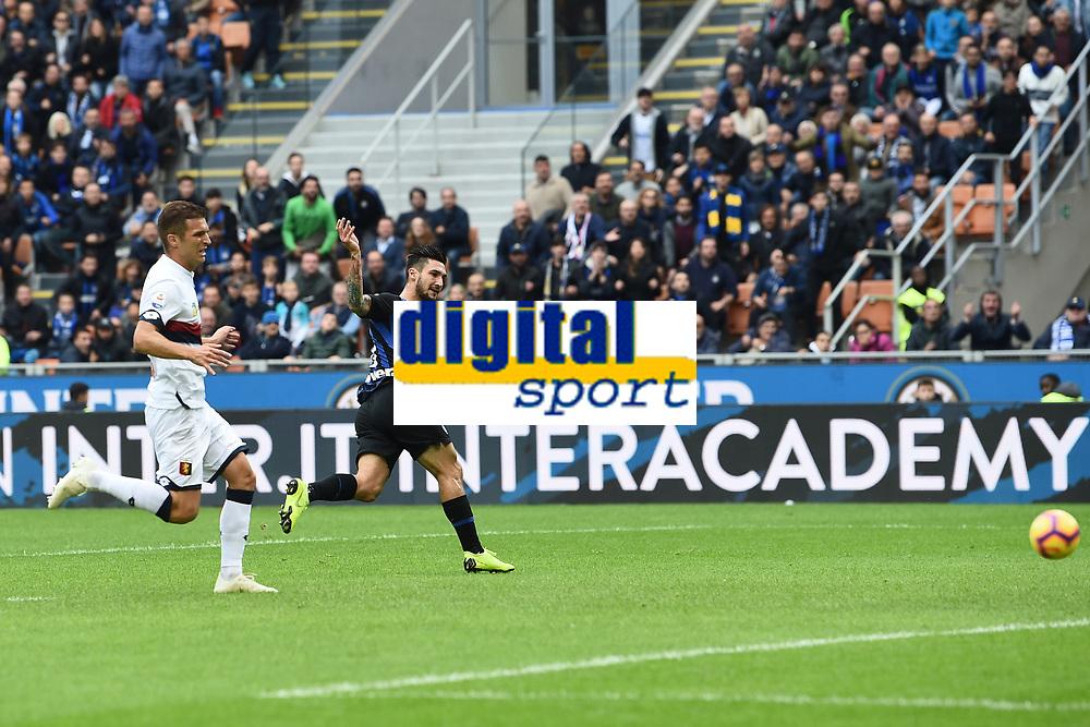 gol Matteo Politano. Goal <br /> Milano 03-11-2018 Stadio San Siro Football Calcio Serie A 2018/2019 FC Internazionale - Genoa Foto Matteo Gribaudi / Image Sport / Insidefoto
