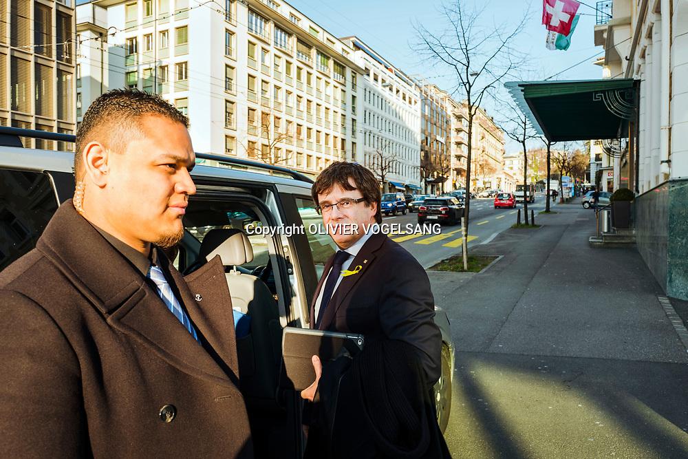 Lausanne, mars 2018. Carles Puigdemont, indépendantiste catalan a Lausanne devant la tour Edipresse. © Olivier Vogelsang