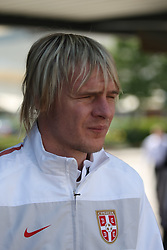 25.05.2010, Airport Salzburg, Salzburg, AUT, WM Vorbereitung, Serbien Ankunft im Bild Milos Krasic, Nationalteam Serbien, EXPA Pictures © 2010, PhotoCredit EXPA R. Hackl / SPORTIDA PHOTO AGENCY