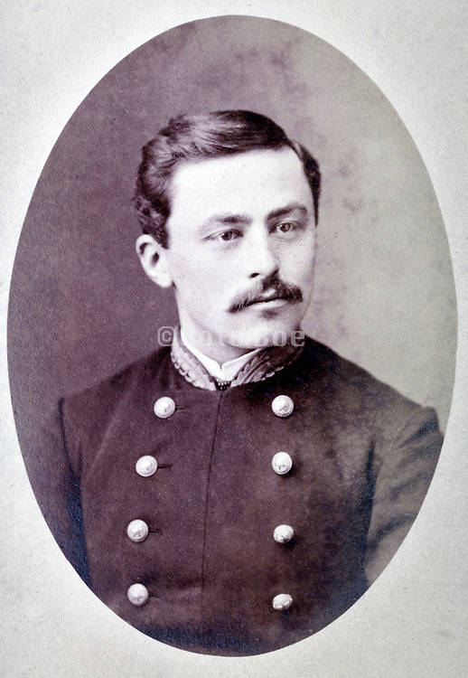 portrait of adult man posing in military uniform France 1880s