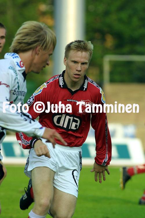 18.07.2001 Pori, Finland. Veikkausliiga, FC Jazz v VPS. Petri Mielonen (FC Jazz)..©JUHA TAMMINEN