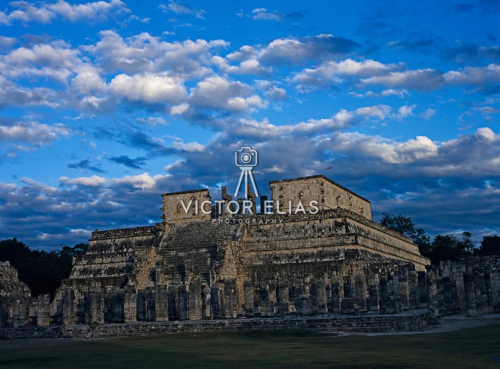 Temple of the warriors. Chichen Itza, Yucatan. Mexico.