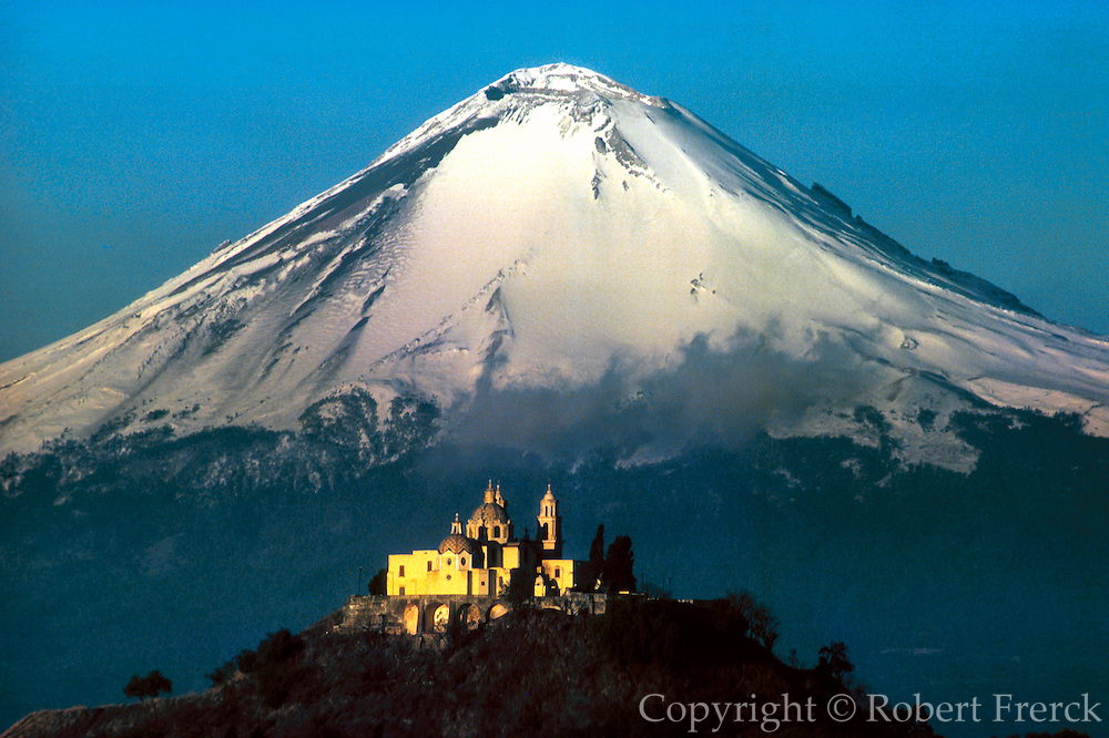 MEXICO, LANDSCAPE Popocatepetl and Cholula Pyramid