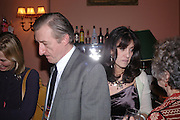 Julian Barnes and Gail Rebuck. Book party for 'Saturday' by Ian McEwan, Polish Club, South Kensington.  4 February 2005. ONE TIME USE ONLY - DO NOT ARCHIVE  © Copyright Photograph by Dafydd Jones 66 Stockwell Park Rd. London SW9 0DA Tel 020 7733 0108 www.dafjones.com