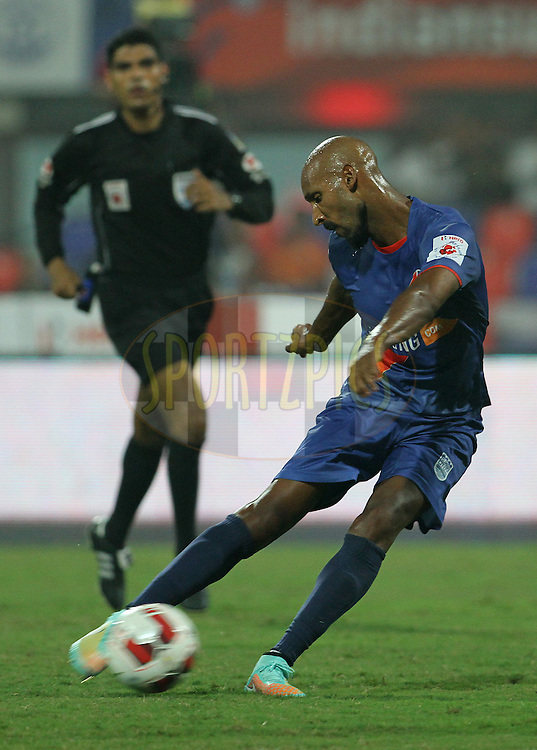 Nicolas Anelka of Mumbai City FC on the attack during match 22 of the Hero Indian Super League between Mumbai City FC and Delhi Dynamos FC City held at the D.Y. Patil Stadium, Navi Mumbai, India on the 5th November.<br /> <br /> Photo by:  Vipin Pawar/ ISL/ SPORTZPICS