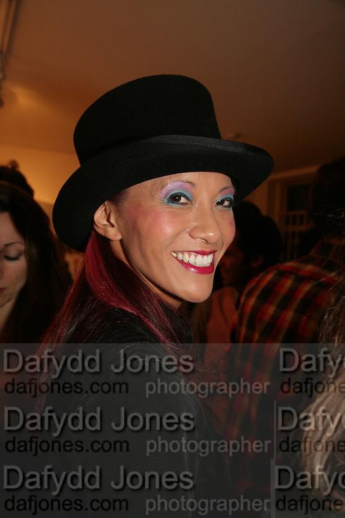 Lynn le Francois, Pinkietessa's A-Z of London curated by James Birch. Trolley Gallery. Redchurch St. London E2. 11 September 2007. -DO NOT ARCHIVE-© Copyright Photograph by Dafydd Jones. 248 Clapham Rd. London SW9 0PZ. Tel 0207 820 0771. www.dafjones.com.
