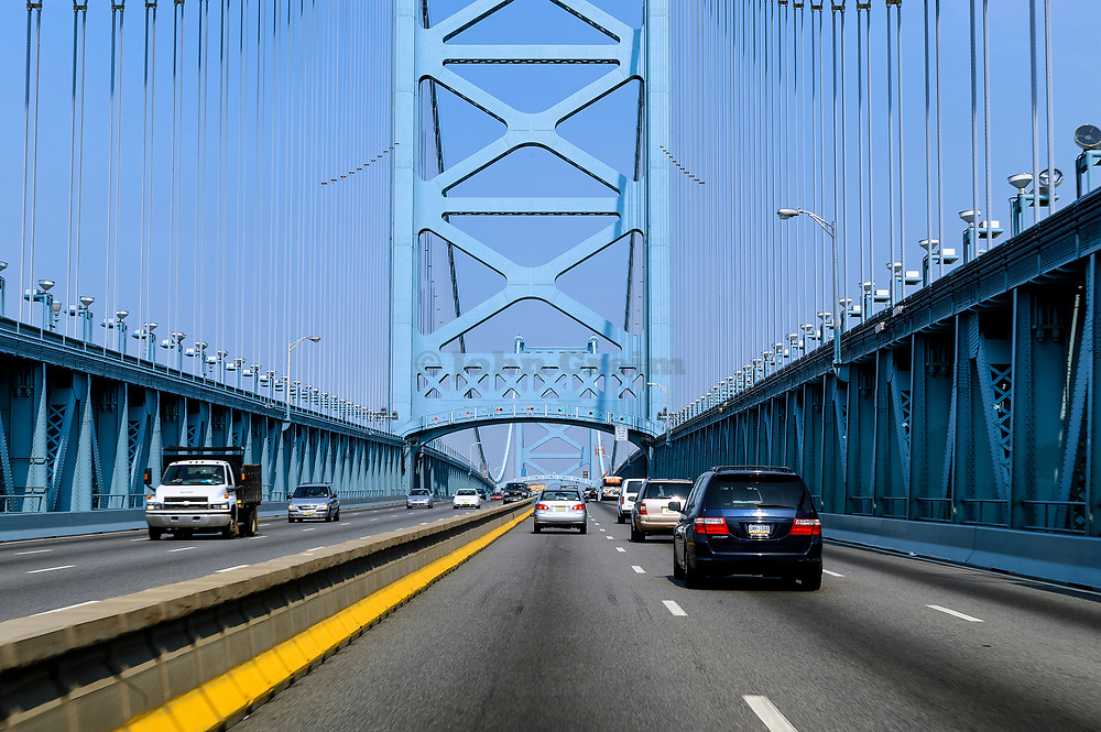 Cars crossing the Ben Franklin Bridge, Philadelphia, Pennsylvania, USA