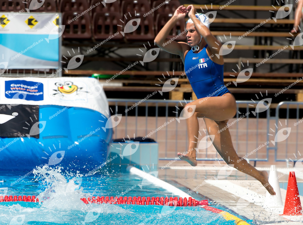 7 DI MARIO Tania ITA<br /> Italy (White) Vs. France (Blue)<br /> LEN European Water Polo Championships 2014<br /> Alfred Hajos Swimming Complex <br /> 14- 27 July 2014<br /> Margitsziget - Margaret Island<br /> Day05- July 16 Women<br /> Photo G. Scala/Inside/Deepbluemedia