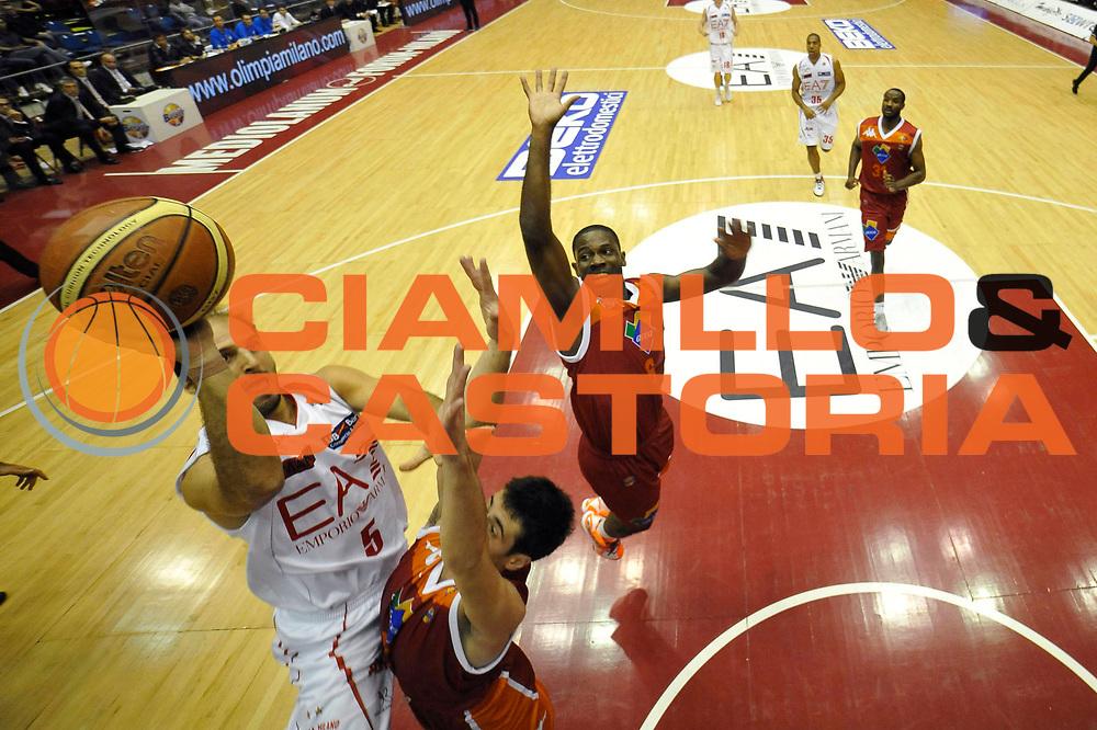 DESCRIZIONE : Milano Lega A 2012-13 EA7 Emporio Armani Milano Acea Roma<br /> GIOCATORE : Jacopo Giachetti<br /> CATEGORIA : special tiro<br /> SQUADRA :  EA7 Emporio Armani Milano<br /> EVENTO : Campionato Lega A 2012-2013 <br /> GARA : EA7 Emporio Armani Milano Acea Roma<br /> DATA : 22/10/2012<br /> SPORT : Pallacanestro <br /> AUTORE : Agenzia Ciamillo-Castoria/GiulioCiamillo<br /> Galleria : Lega Basket A 2012-2013  <br /> Fotonotizia :  Milano Lega A 2012-13 EA7 Emporio Armani Milano Acea Roma<br /> Predefinita :