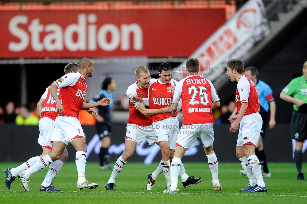03-04-2010 VOETBAL: AZ - FC UTRECHT: ALKMAAR<br /> FC utrecht verliest met 2-0 van AZ / 1-0 via een mooi schot van Maarten Martens. Ragnar Klavan, Pontus Wernbloom, David Mendes da Silva en Niklas Moisander. <br /> ©2009-WWW.FOTOHOOGENDOORN.NL