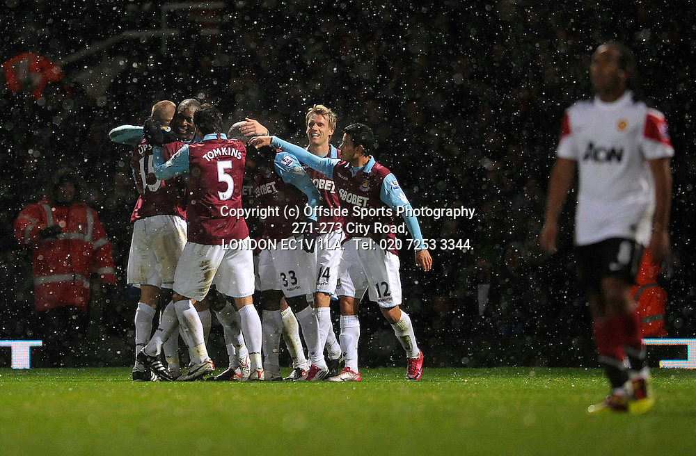 30/11/2010 Carling Cup football. West Ham V Manchester United.<br /> Carlton Cole scores 3-0<br /> Photo: Kevin Quigley.
