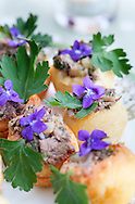 Canapés with edible flowers