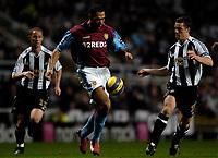 Photo: Jed Wee.<br /> Newcastle United v Aston Villa. The Barclays Premiership. 31/01/2007.<br /> <br /> New Aston Villa signing John Carew (C) attacks.