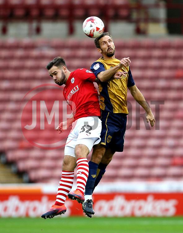 Gary O'Neil of Bristol City beats Adam Armstrong of Barnsley to a header - Mandatory by-line: Robbie Stephenson/JMP - 29/10/2016 - FOOTBALL - Oakwell Stadium - Barnsley, England - Barnsley v Bristol City - Sky Bet Championship