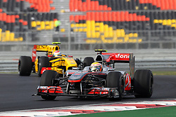 23.10.2010, Korea International Circuit, Yeongam, KOR, F1 Grandprix of Korea, im Bild .Lewis Hamilton (GBR), McLaren, EXPA Pictures © 2010, PhotoCredit: EXPA/ InsideFoto/ Hasan Bratic *** ATTENTION *** FOR AUSTRIA AND SLOVENIA USE ONLY!