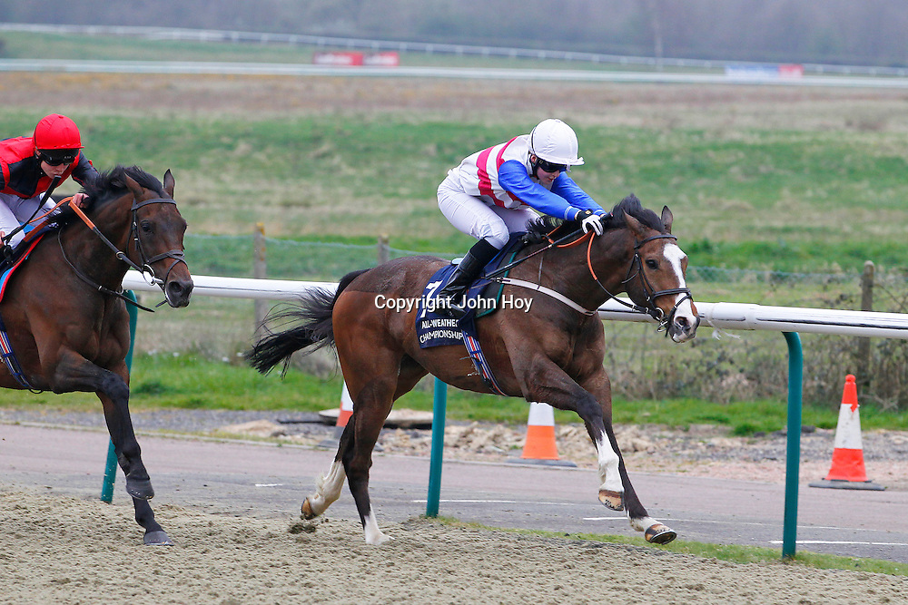 Novel Dancer and Jenny Powell winning the 5.15 race