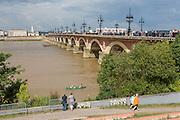 Vue sur le pont de Pierre de Bordeaux // View of pont de pierre of Bordeaux