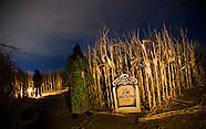 20121019 Haunted Maze
